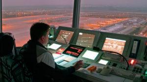 Какая зарплата у авиадиспетчера в России в 2021 году