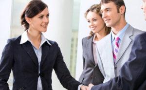Образец должностной инструкции менеджера по работе с клиентами в 2019 году