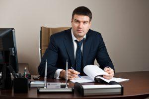 Имеет ли право генеральный директор работать по совместительству