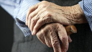 Как по ТК РФ начисляется надбавка к пенсии за стаж в 2020 году
