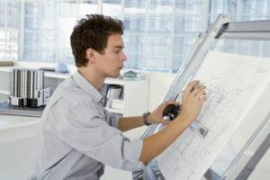 Какая начисляется зарплата инженерам-конструкторам в России в 2021 году