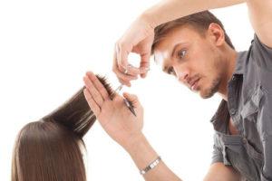 Какая начисляется зарплата парикмахеру в России в 2019 году