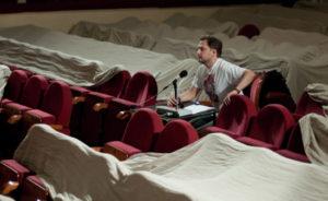 Какая начисляется зарплата режиссеру в России в 2019 году