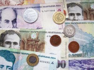 Какая средняя зарплата в Армении в 2021 году