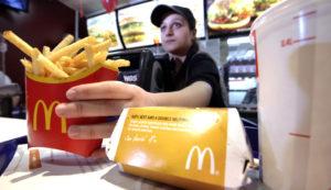 Какая зарплата в МакДональдсе в 2019 году