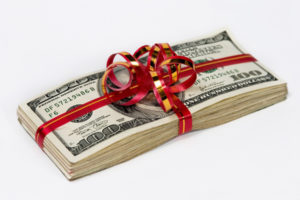 В чем заключается отличие бонуса от премии на работе